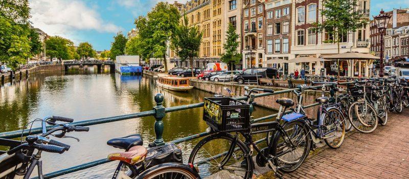 69550_fullimage_fietsen-amsterdam_1360x